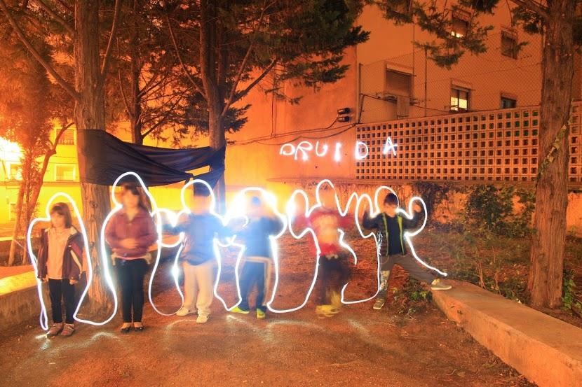 20 N- L'Esplai Druida posa llums als Drets!