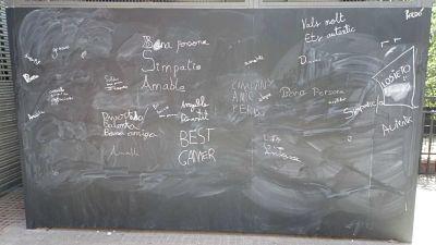 Cercle del rebuig, mural de les bones paraules