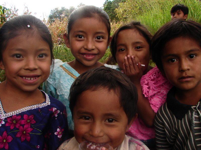 Fe y Alegría de El Salvador en plena campaña de captación de fondos, por la tormenta tropical Amanda