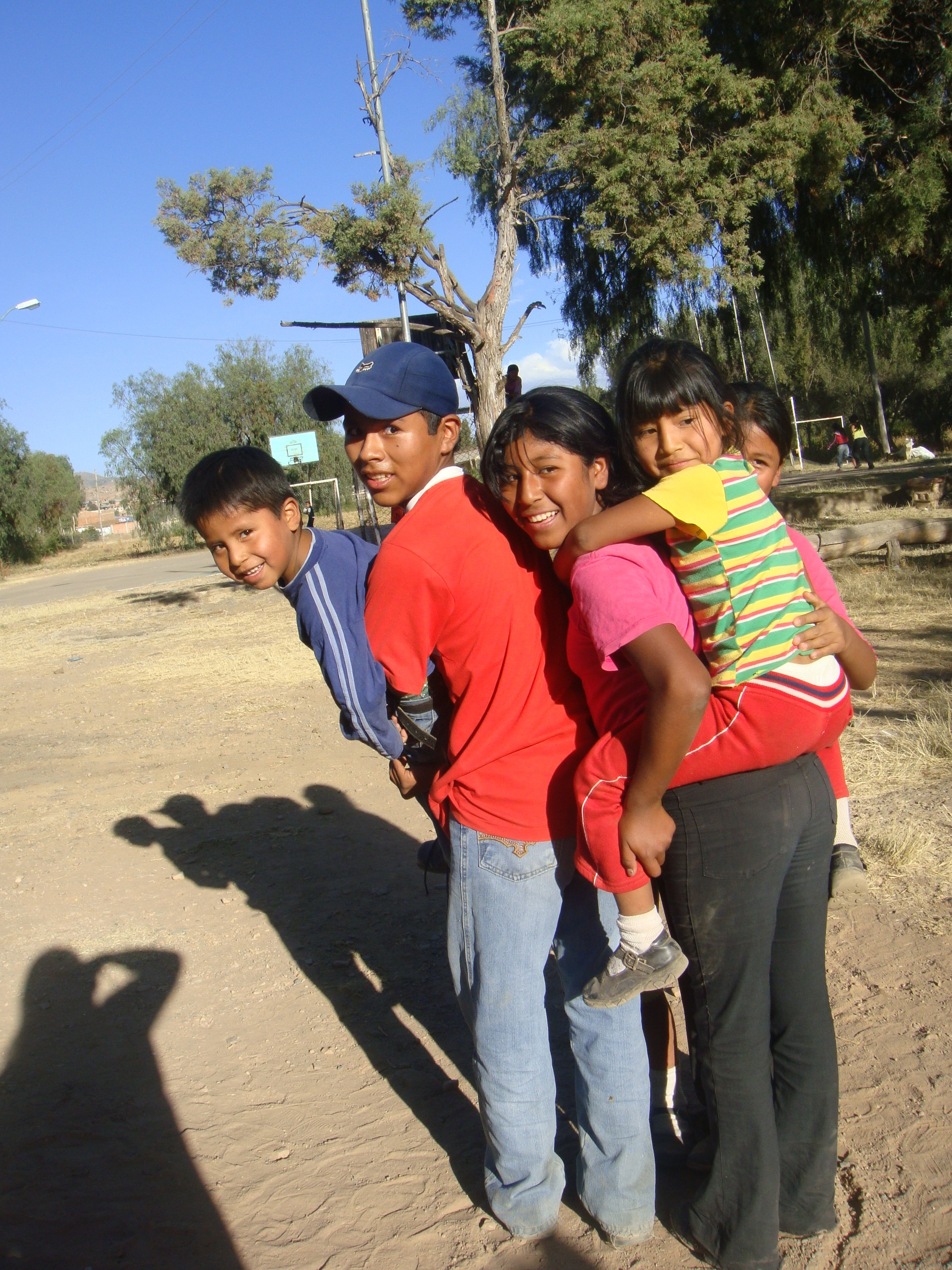 Reflexiones y experiencias : emprendimientos exitosos liderados por mujeres, Ser Familia- Bolivia