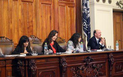 """Exitoso seminario """"Superemos la pobreza, desarrollando las regiones"""" reúne a jefes programáticos presidenciales y expertos. Chile"""