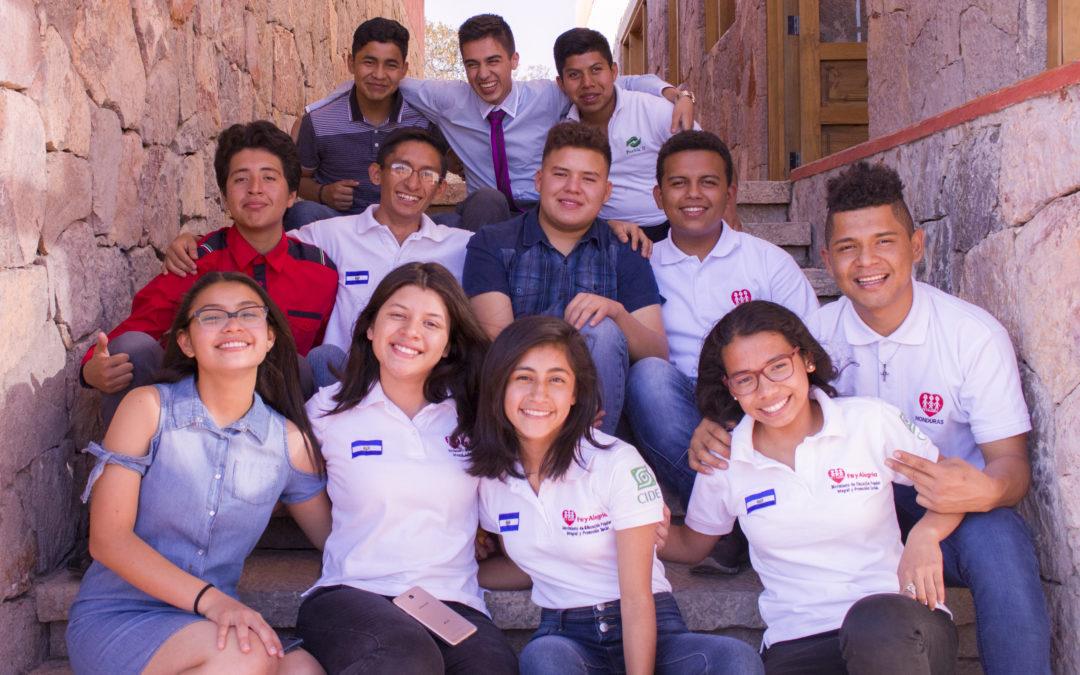 Directores de FE Y ALEGRÍA CENTROAMÉRICA visitan a los y las Jóvenes Promesas
