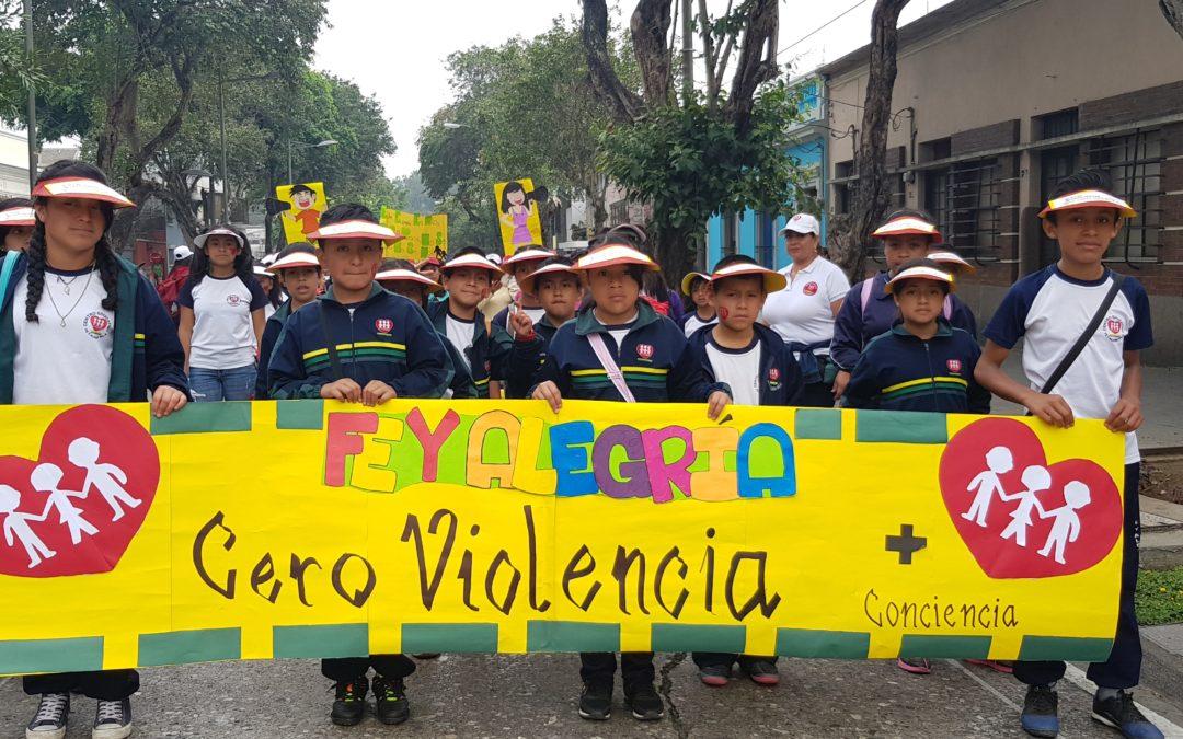 Fe y Alegría Guatemala realiza caminata por la educación