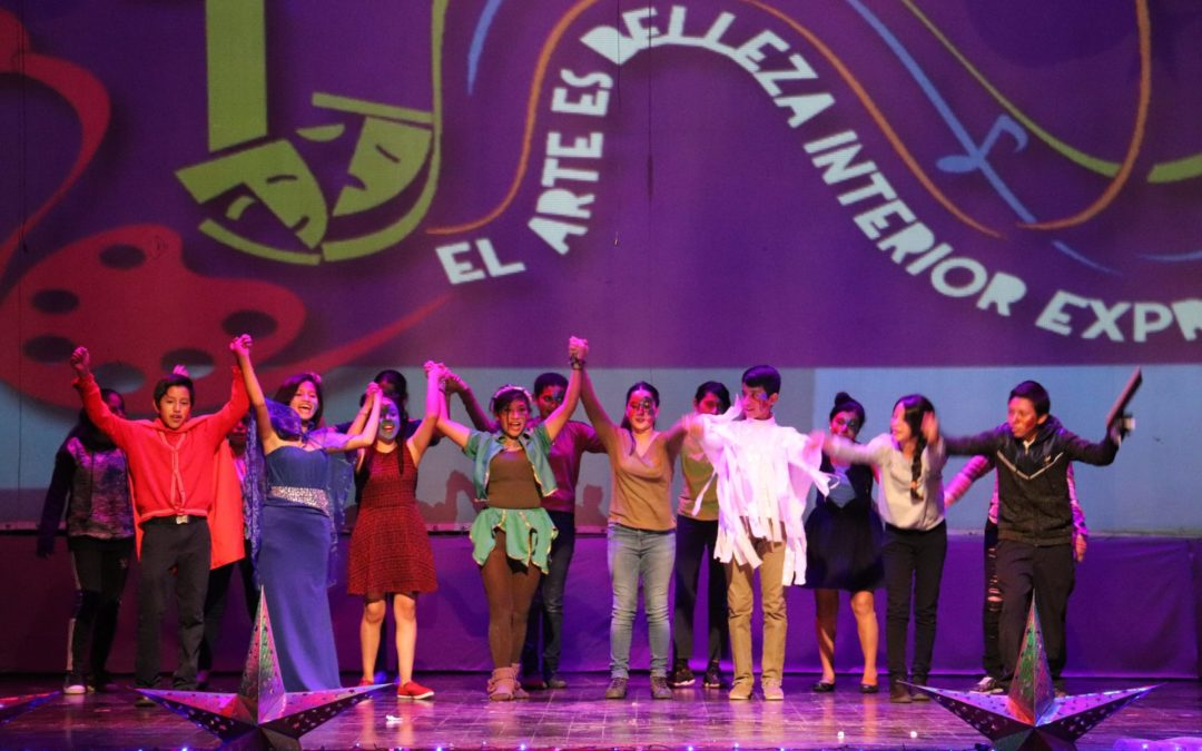 Jóvenes brillantes con mucho talento, en el II Festival Cultural Juventudes de Guatemala, impulsado por Fe y Alegría Guatemala